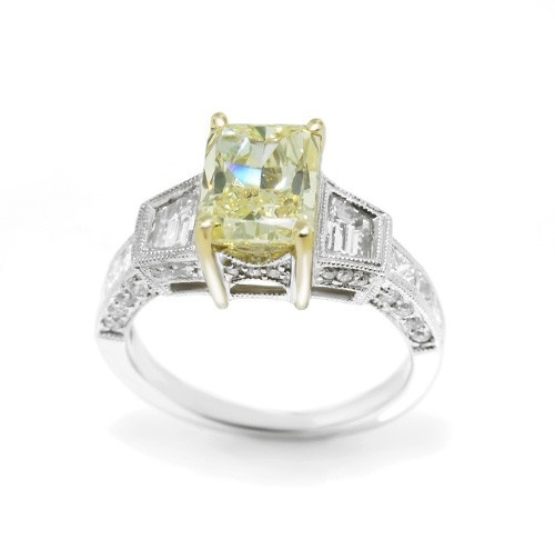 Celebrity Yellow Diamond Rings - Rings Designs 2019