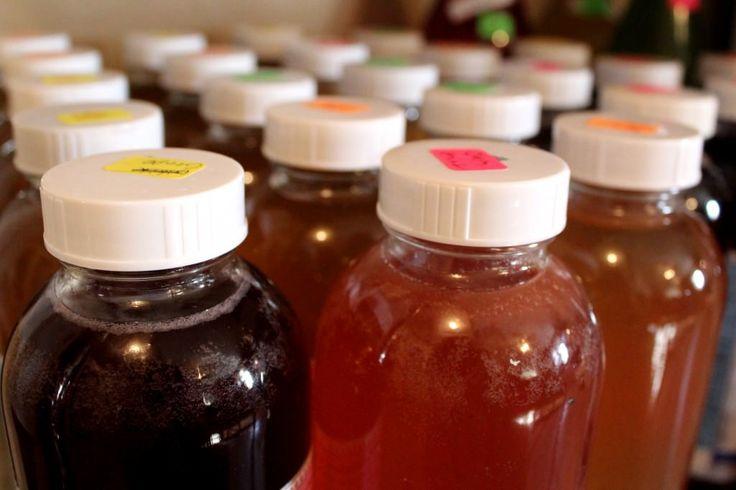 How to Make Bubbly Fruit Flavored Kombucha - Cultured Food Life (2nd ferment kombucha)