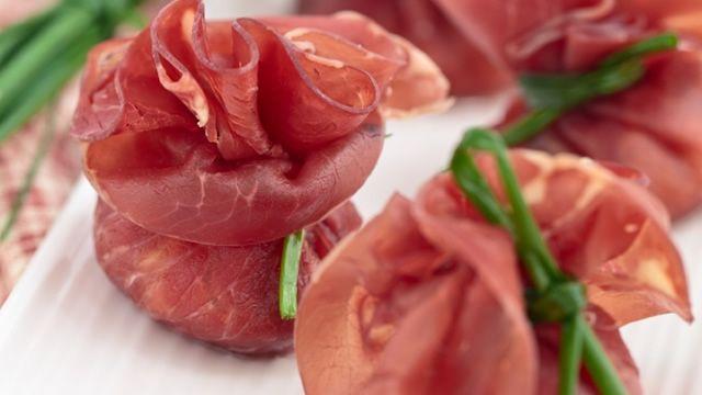 recettes d'amuses-bouches pour Noel  Aumônières de jambon cru au foie gras