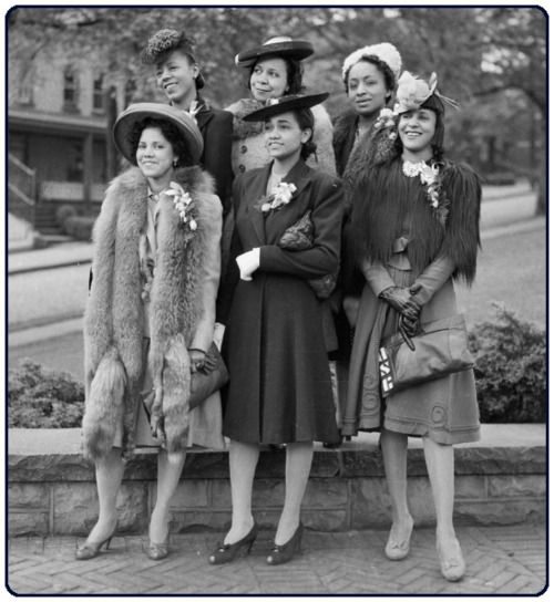 vintageblack2: The 40's and 50's were the decades of incredible style