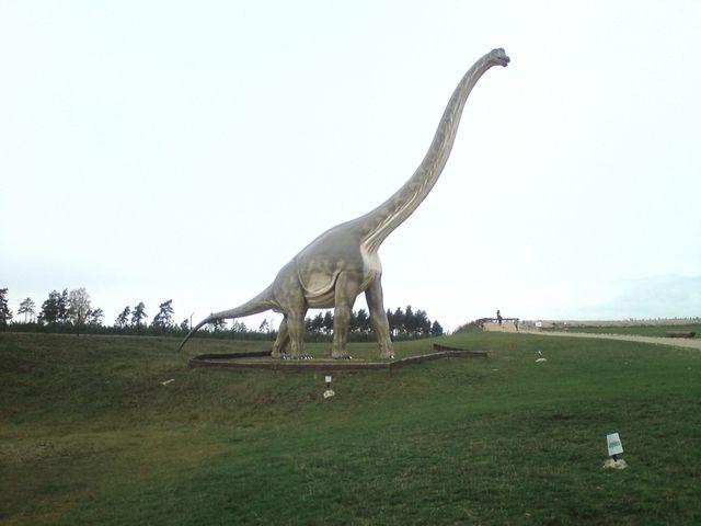 Galerie/Dinosaurs/images/Brachiosaurus-giant-statue-dinosaur (1).jpg