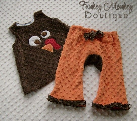 Oh yeah!!!: Tops Dresses, Ugg Boots, Minki Dots, Silly Turkey, Dresses Custom, Swings Tops, Thanksgiving Outfits, Fall Outfits Ideas, Dots Swings