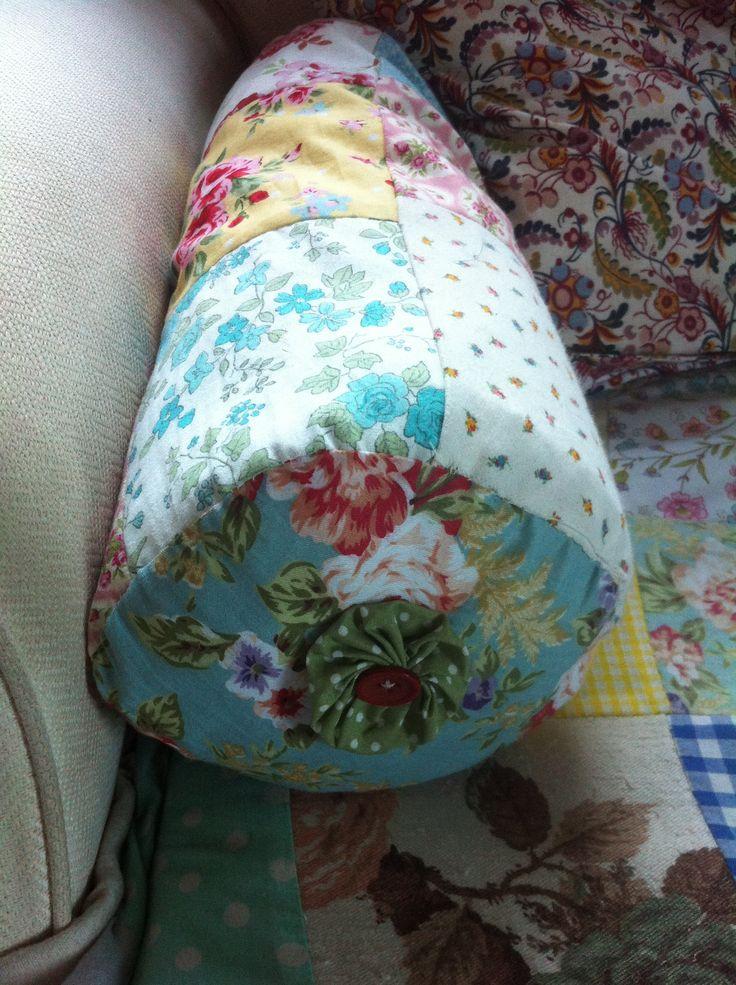 Patchwork bolster cushion · Bolster CushionsBusiness IdeasPatchwork & 17 best Bolster cushions images on Pinterest | Bolster cushions ... pillowsntoast.com