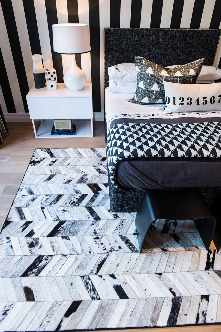 Michele Throssell Interiors > Bedroom > black and white