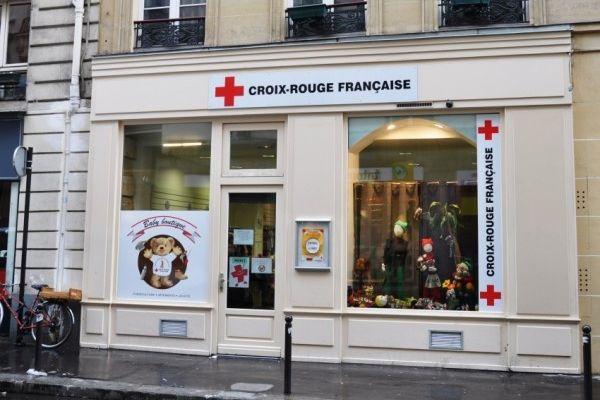 Boutiques de la croix rouge paris - Adresse magasin la redoute paris ...