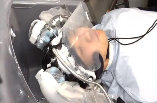 Ten digits not enough? Hair-washing robot with 24 'fingers' now undergoing trials    Read more: http://www.digitaltrends.com/cool-tech/ten-digits-not-enough-hair-washing-robot-with-24-fingers-now-undergoing-trials/#ixzz1tebj21aM