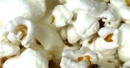 How to make coconut caramel flavored popcorn recipe using coconut oil and honey for dairy free caramel!