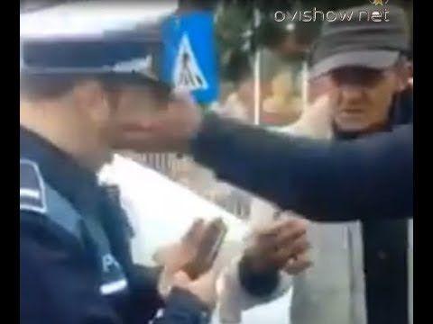 politist prins la inghesuiala