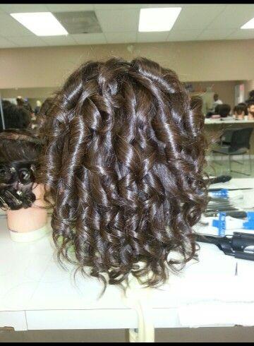 Mannequin spiral curls