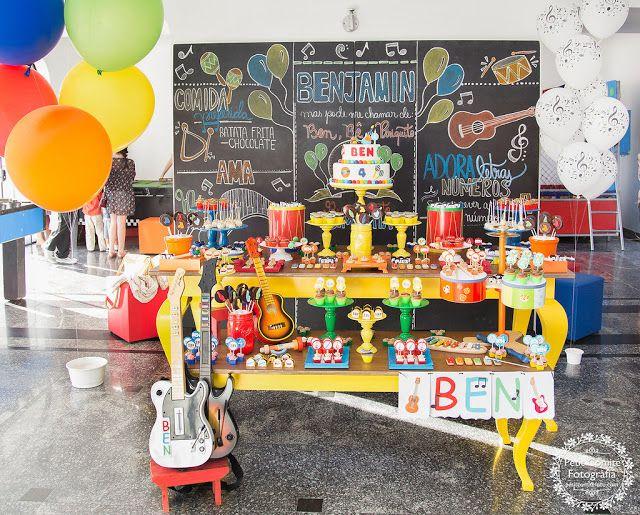 25 melhores ideias sobre festa tema musica no pinterest for Mural de fotos 1 ano