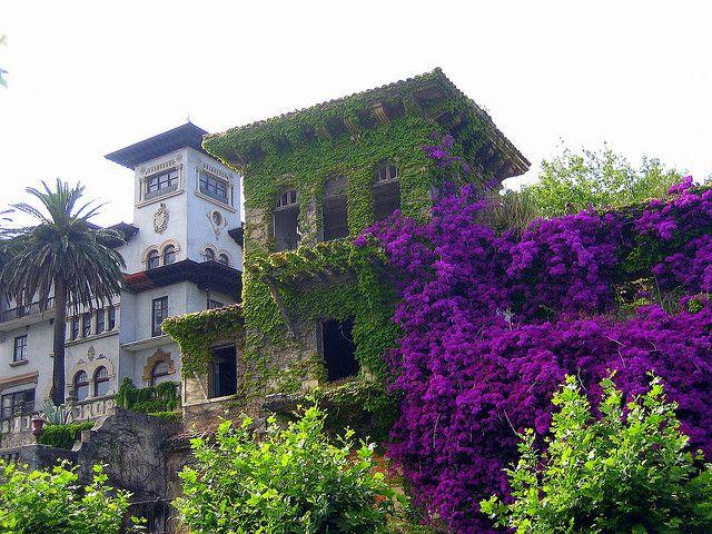 Santander - Avenida de la Reina Victoria. Quinta Maza y el chalet de los Banzo