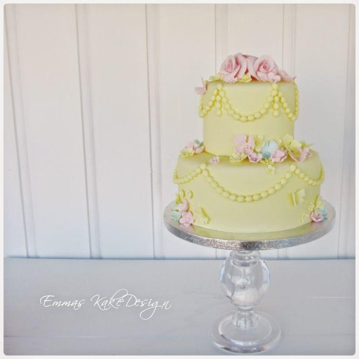 Emmas KakeDesign: Vårkake i vakre pastellfarger!