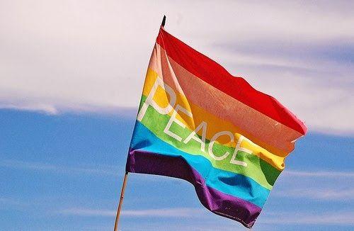 A Liga Gay: BEIJAÇO CANCELADO: Shopping Tambiá mostra apoio aos LGBT