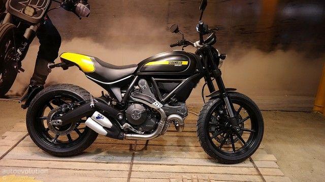 Ducati Factory Store Usato
