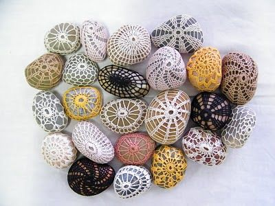 What to do with crochet thread  ;-)   There's a get-started tutorial at The Purl Bee ~ http://www.purlbee.com/little-urchin-crochet-covered/   . . .  ღTrish W ~ http://www.pinterest.com/trishw/  . . .  #doily #lacy