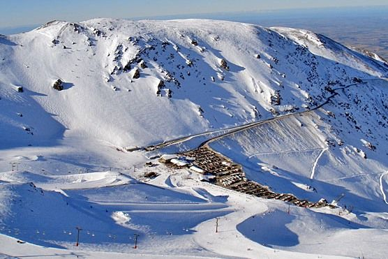 Mt Hutt skifield, less than an hours drive from Christchurch, NZ