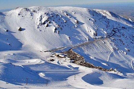 Mt Hutt skifield, less than an hours drive from Christchurch, NZ