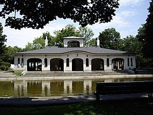 Parc St-Viateur in Summer  Outremont