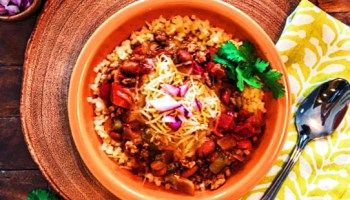 Cincinnati Chili with Pasta