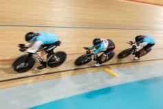 L'équipe de cyclisme surpiste canadienne a pris part à une séance d'entraînement au vélodrome de Milton avant de s'envoler pour...