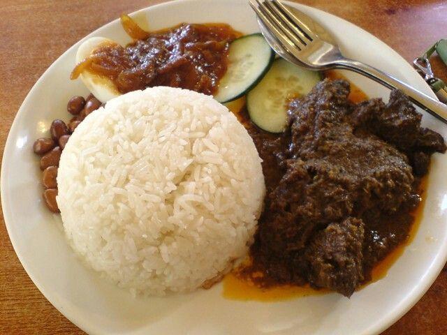 Nasi rendang  padang rice sumatera