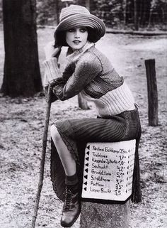Fallin' in love Germany 1920's fashion photo