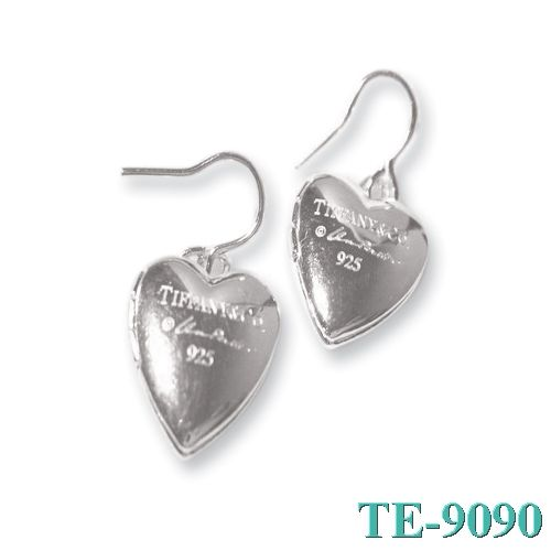 Tiffany and co Earrings 925 Inlaid With Silver Heart Shaped Outlet