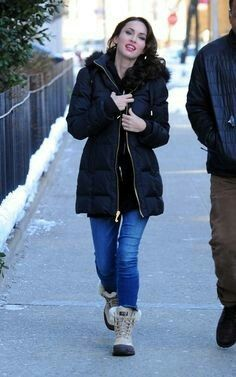 Megan Fox and my Ugg Adirondack II Boots ! I have the chestnut :)
