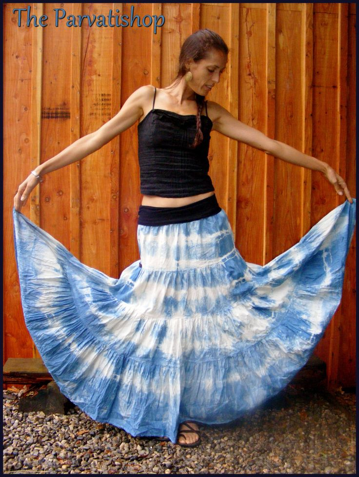 Jupe gitane boheme hippie boho maxi skirt dress tye and dye upcycled ecofrendly shibori de la boutique theparvatishop sur Etsy