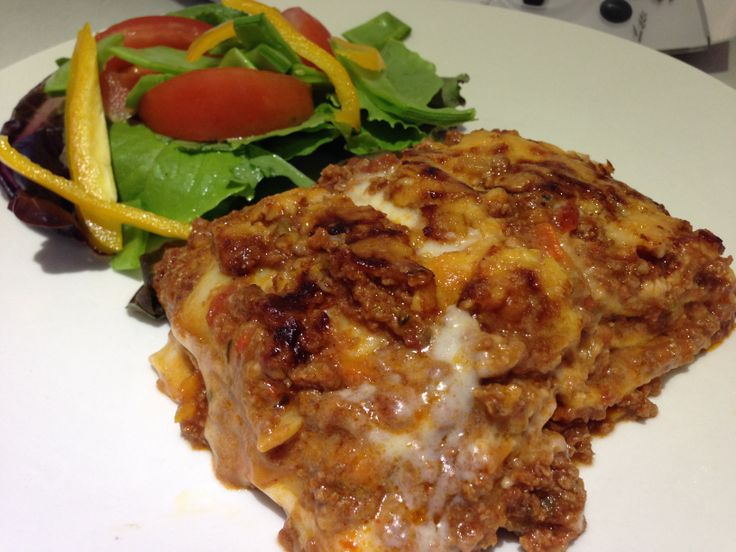 Sistermixin' - Beef Lasagne Mixture made easy in your thermo machine.