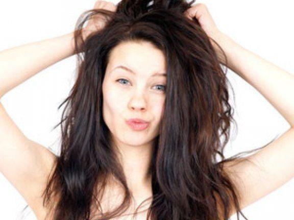 So leicht lässt sich eine Haarkur selber machen