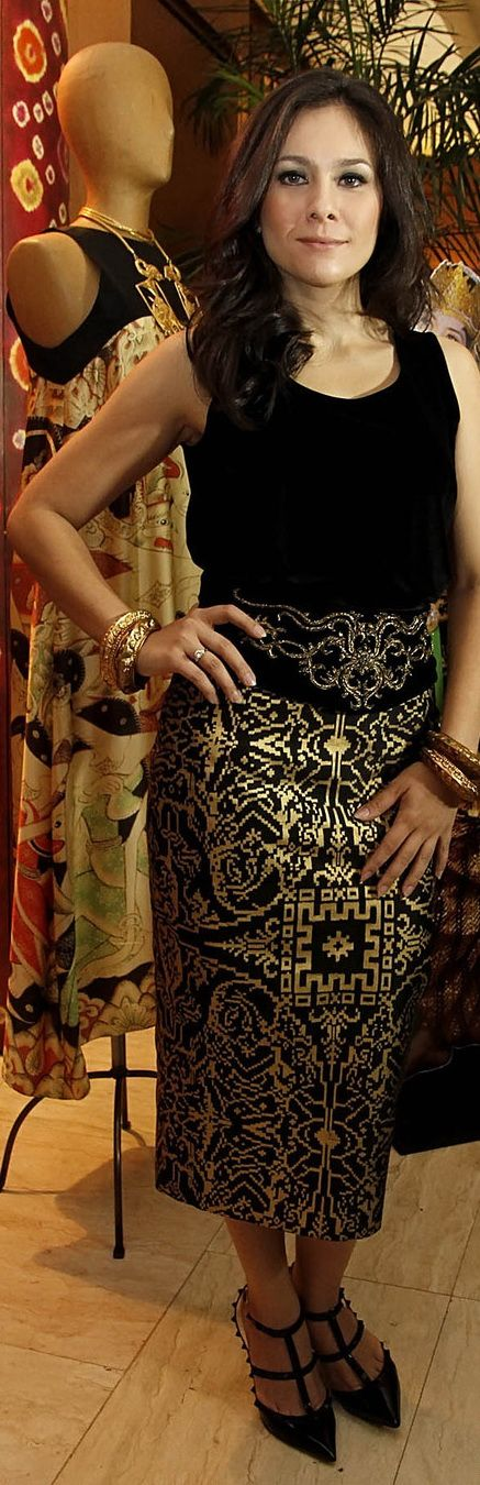 Wulan Guritno #Fashion #Indonesia #Traditional