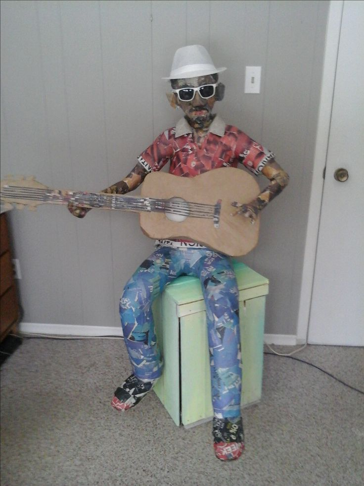 Felix strumming and chilling
