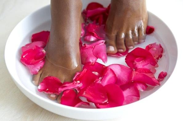 Come curare le unghie fragili che si spezzano - http://beautyerelax.com/bellezza/95-come-curare-le-unghie-fragili-che-si-spezzano.html
