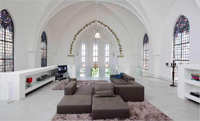 wonen in een kerk woonkamer