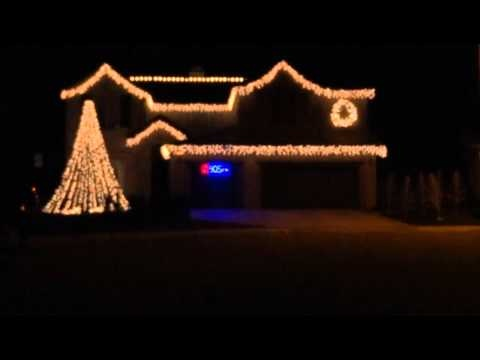 Christmas Lights Music Show   How Cool Is That?