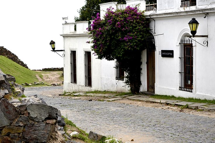 Colonia del Sacramento http://www.azureazure.com/travel/colonia-del-salcramento