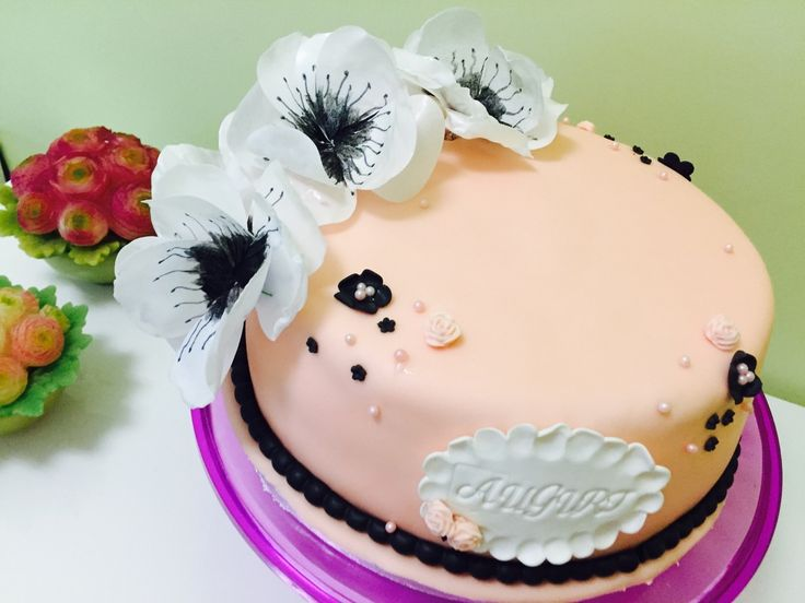 shabby chic cake