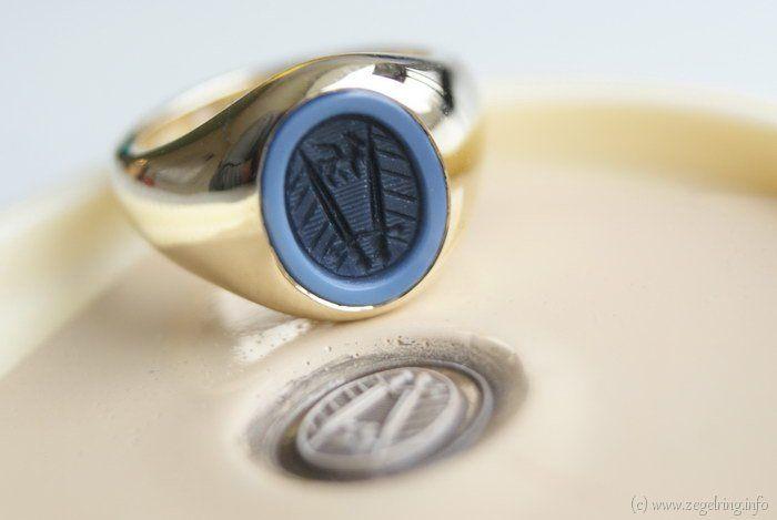 Signet+ring+(www.signetring.eu+ +www.zegelring.info)+-+Dames+pinkzegelring+met+damesgravure+(www.zegelring.info)