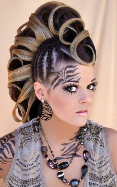 Punky Women Hair Styles Outrageous Hairstyles