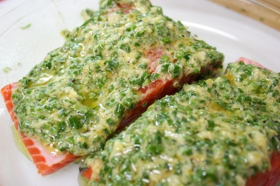 Easy salmon recipe with a lemon chive sauce.