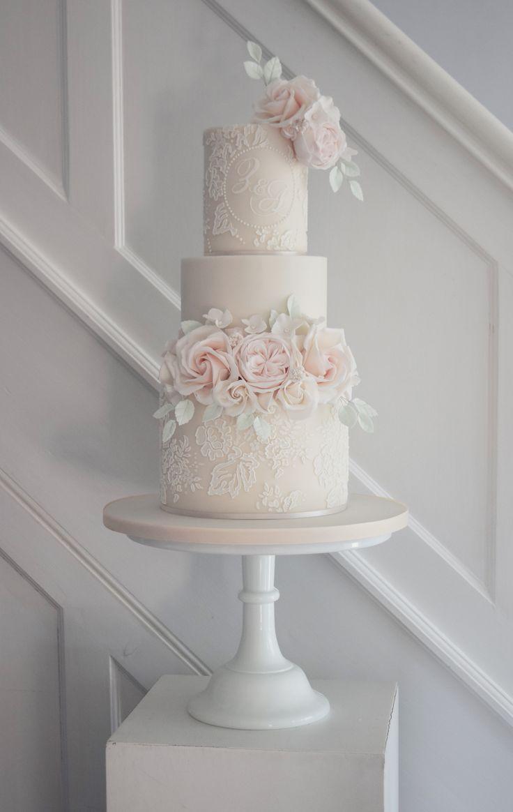 Folgen Sie uns bei SIGNATURE BRIDE auf Instagram und Twitter und bei Facebook bei SIGNATURE …   – Wedding cakes