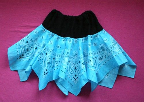 adorable bandana skirt Made this today for Jocelynn to wear at Jake's football game. Took me less than 30 min to whip together and is SUPER cute!