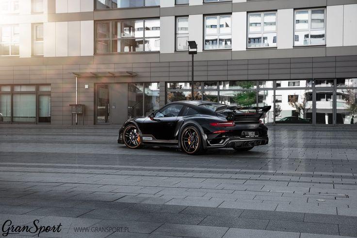 TechArt GTstreet R   Potężny nie tylko z wyglądu. Ekskluzywny bodykit bazujący na wersji Turbo S prezentuje się niezwykle spektakularnie. Dodajmy do tego 720 KM mocy oraz klapowy układ wydechowy a otrzymamy jeden z najbardziej legendarnych pakietów modyfikacji dla Porsche 911 - nowy GTstreet R   ✔ Oficjalny Dealer TECHART w Polsce GranSport - Luxury Tuning & Concierge http://gransport.pl/index.php/techart.html