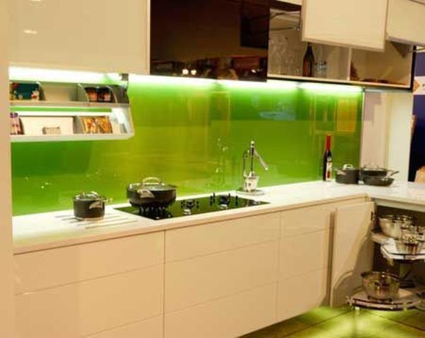 Ideal  Trendy Minimalist Solid Glass Kitchen Backsplashes