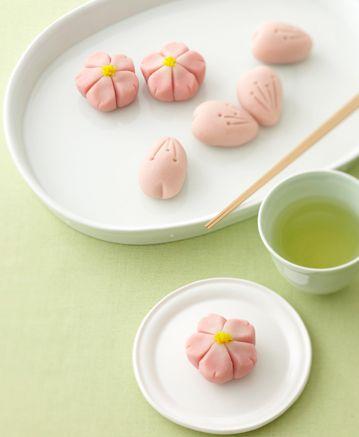 Japanese sweets / 桜、ひとひら(sakura、hitohira)