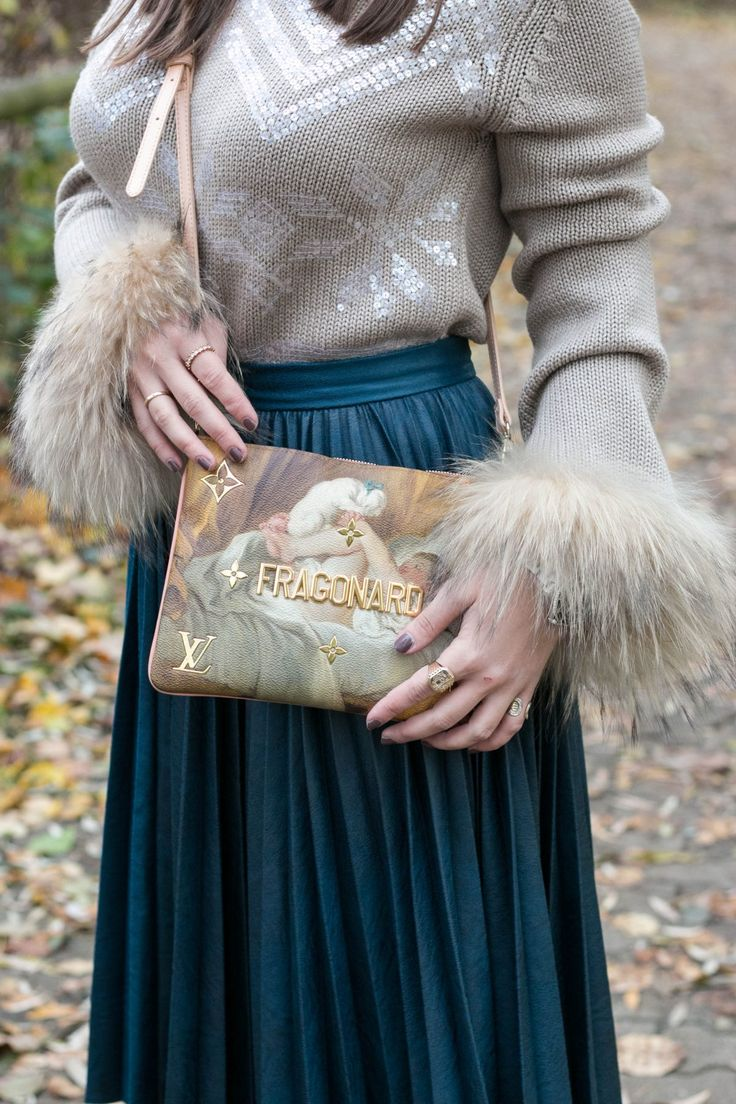 Herbst Outfit mit Handtasche aus der Jeff Koons x Louis Vuitton Kollektion