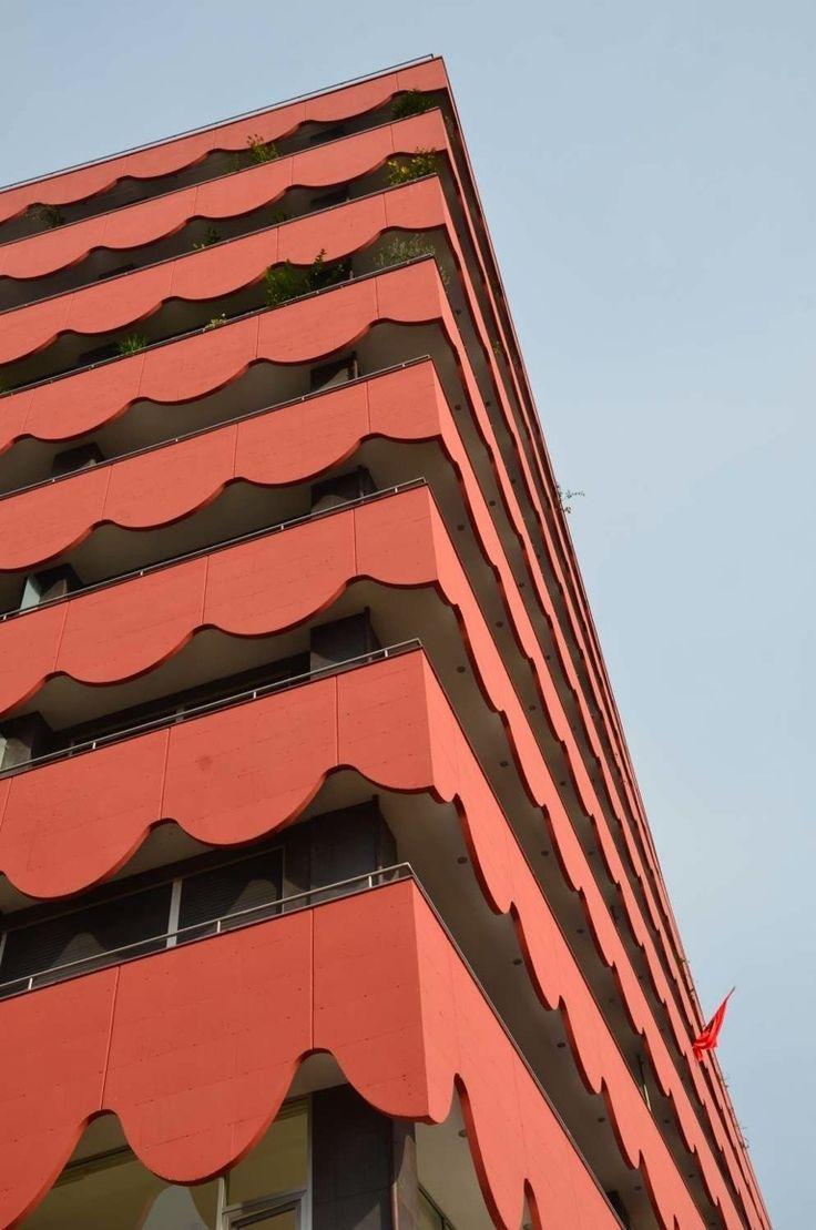 Metadating facade design