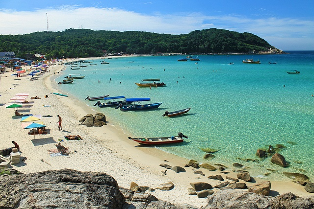 Be here in March. Pulau Perhentian Kecil, Malaysia | Photo Credit: EazyTraveler