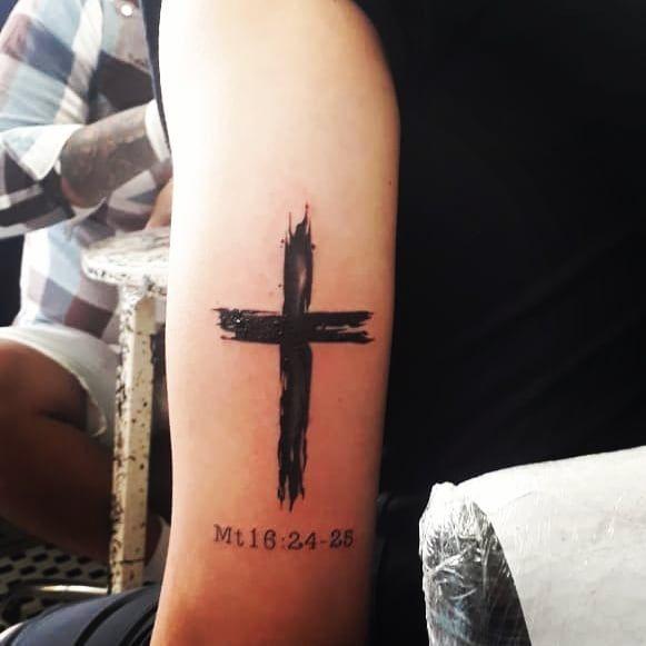 Manda Muitoo Mano Valeu Raizes Tatuagem Tattoo Christiantattoo Firsttattoo Primeiratattoo Tatuagens Cristas Tatuagem Tatuagem Cruz